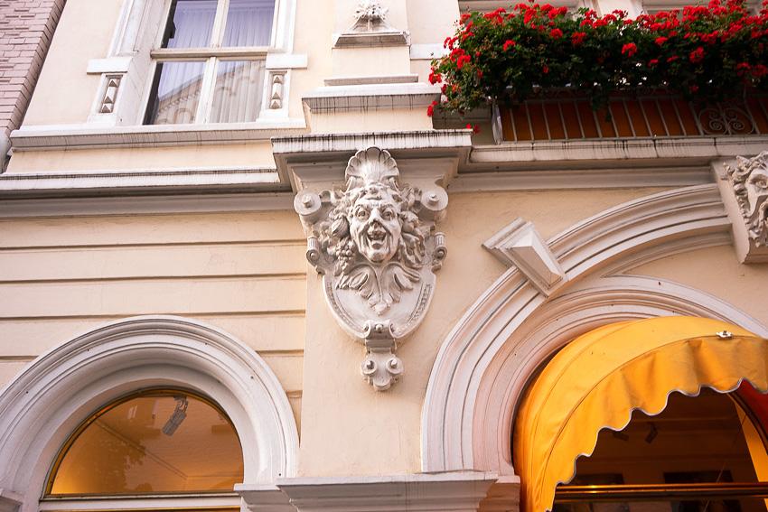 12 Dusseldorf Altstadt DSC05833