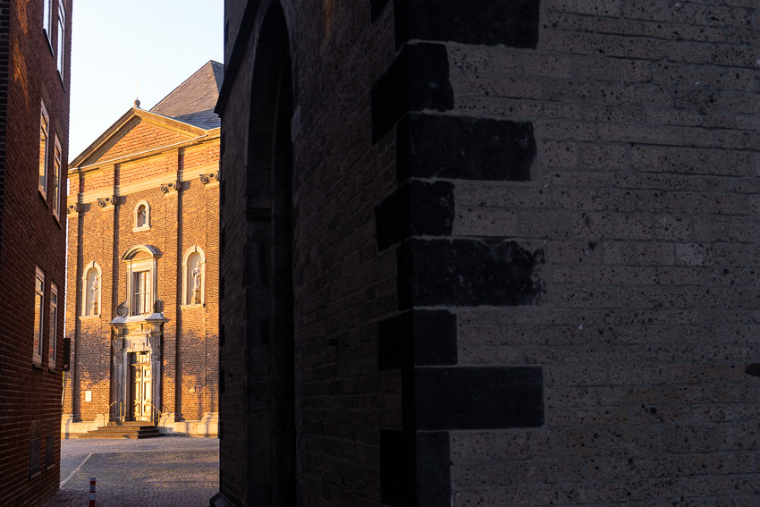 16 Dusseldorf Altstadt DSC05840