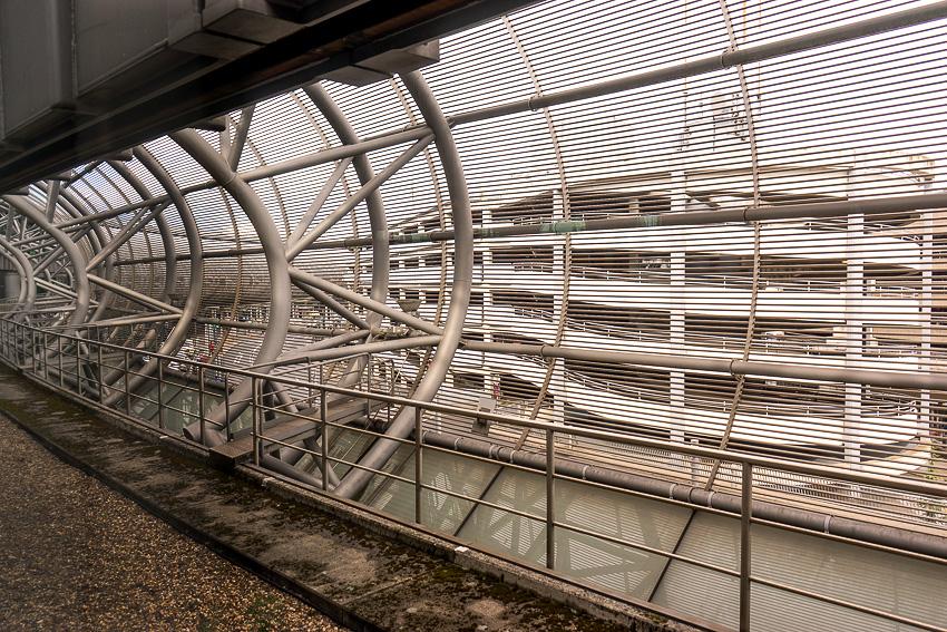 34 Dusseldorf Schwebebahn DSC05802