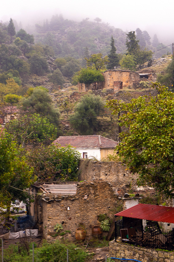 08 Mountain Rain Crete DSC06437