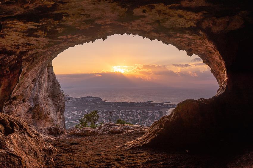 Lera Cave Stavros