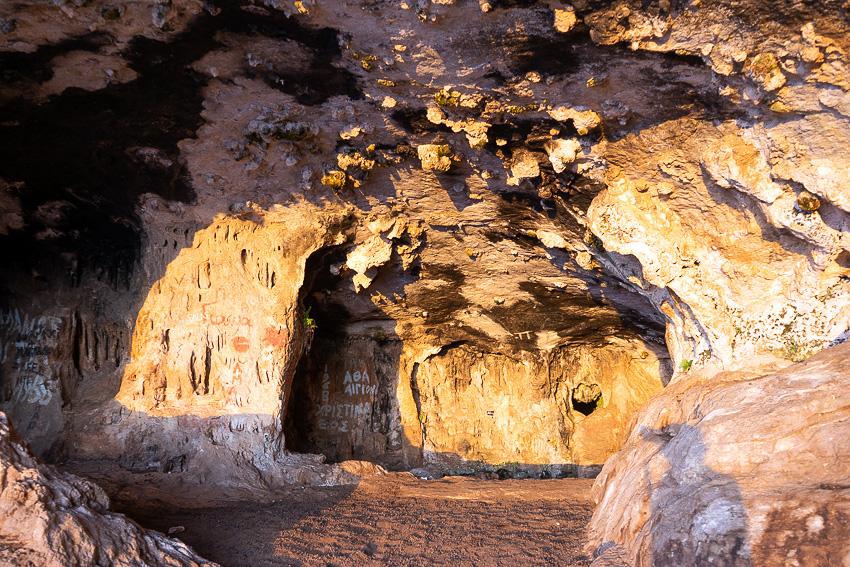 07 Lera Cave Stavros DSC06625