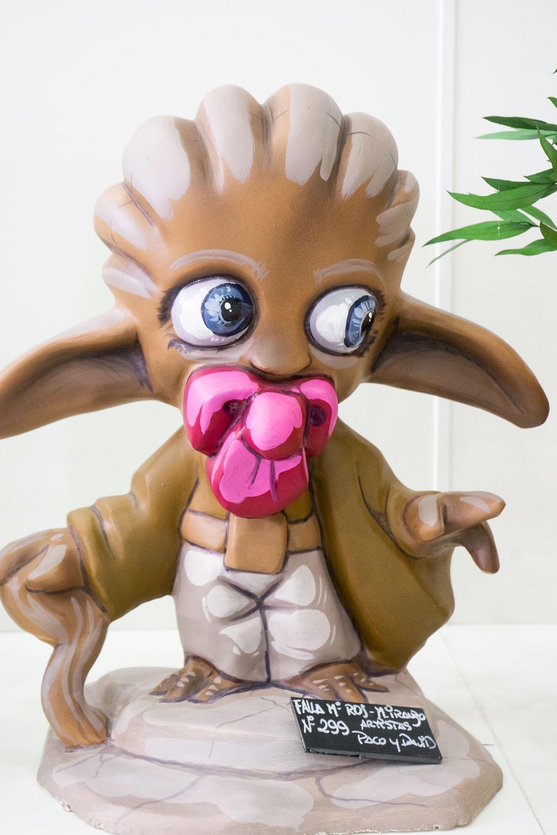 Baby Yoda Ninot