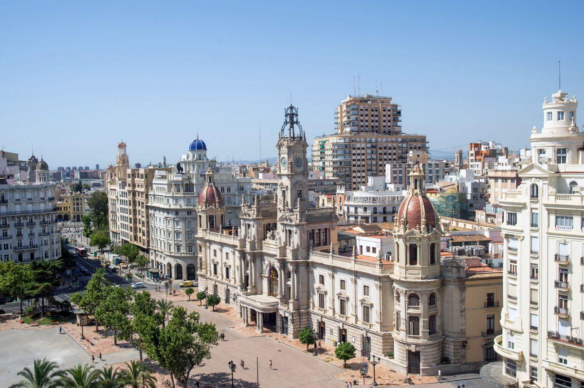 Valencia New Plaza del Ayuntamiento and city hall.