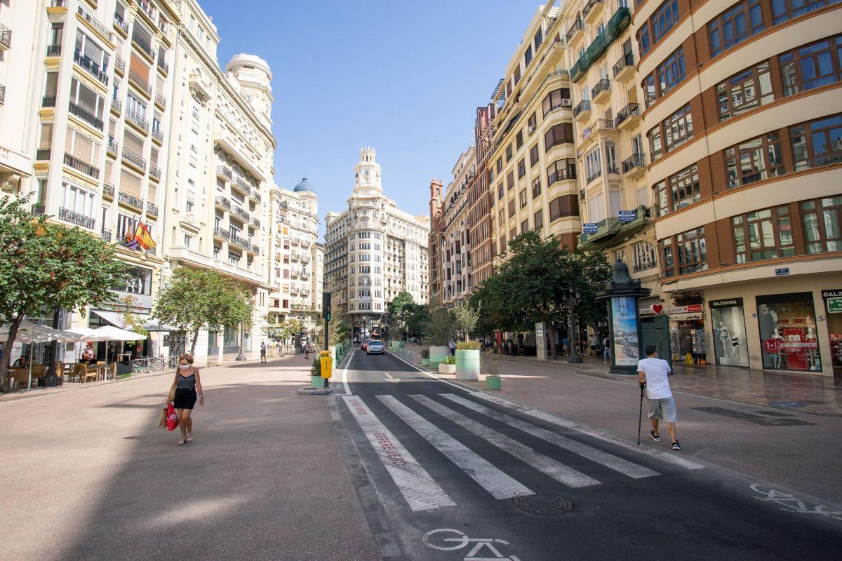 New Cross Walk Valencia Plaza del Ayuntamiento