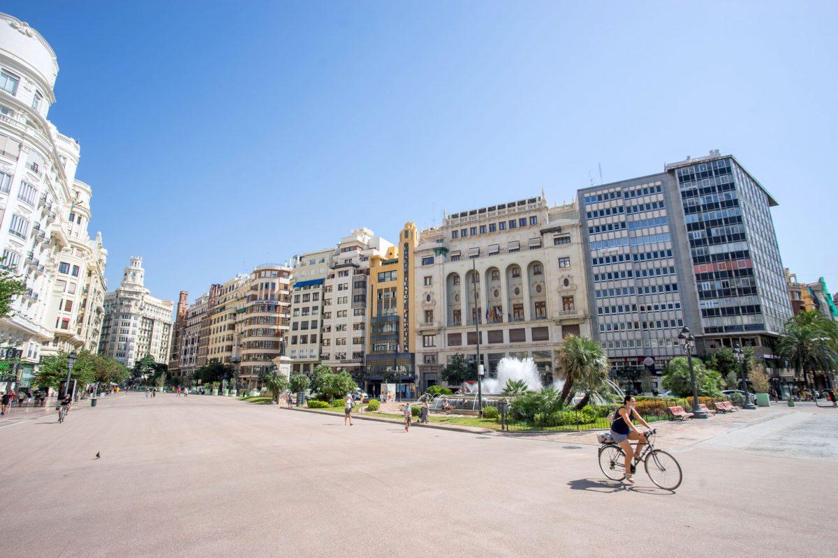 Biking In Valencia New Plaza