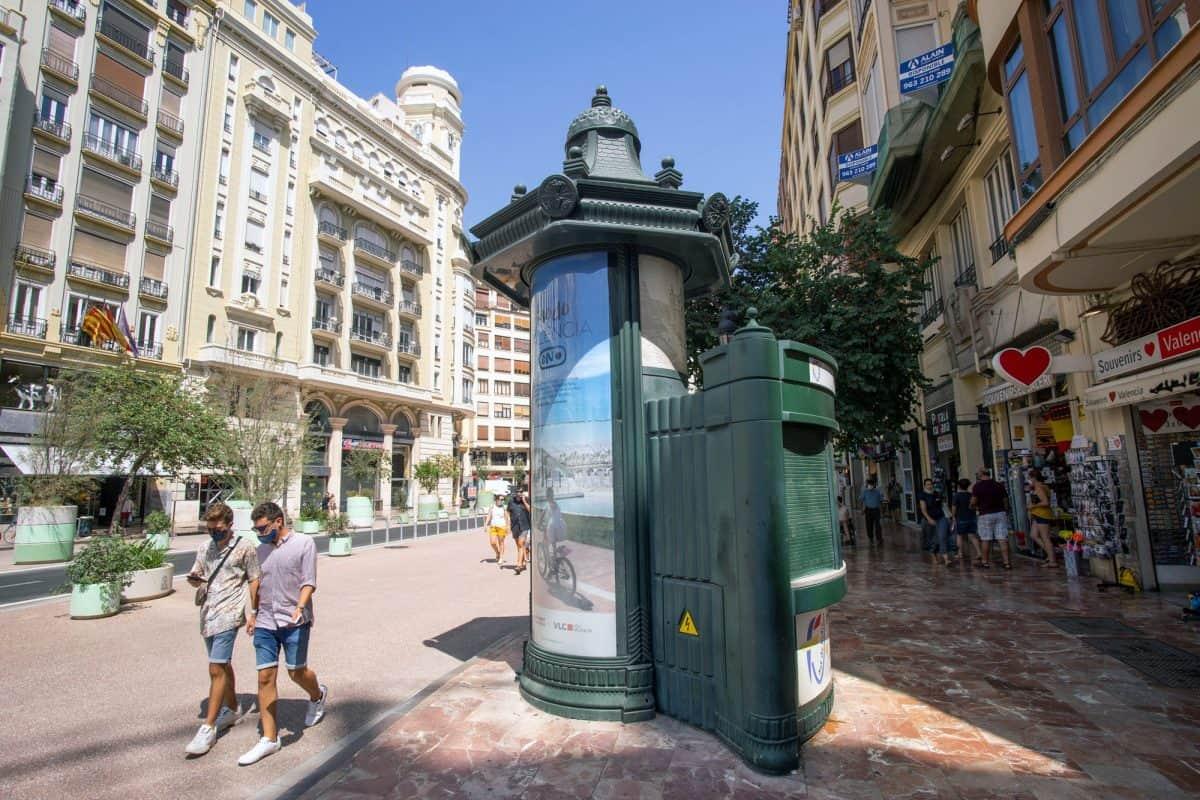 Gay Couple Tourist Valencia