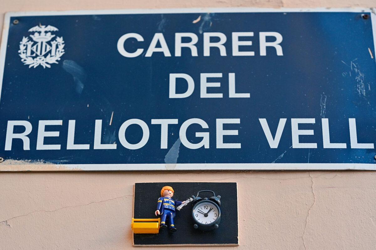 Clock Repair Street Valencia