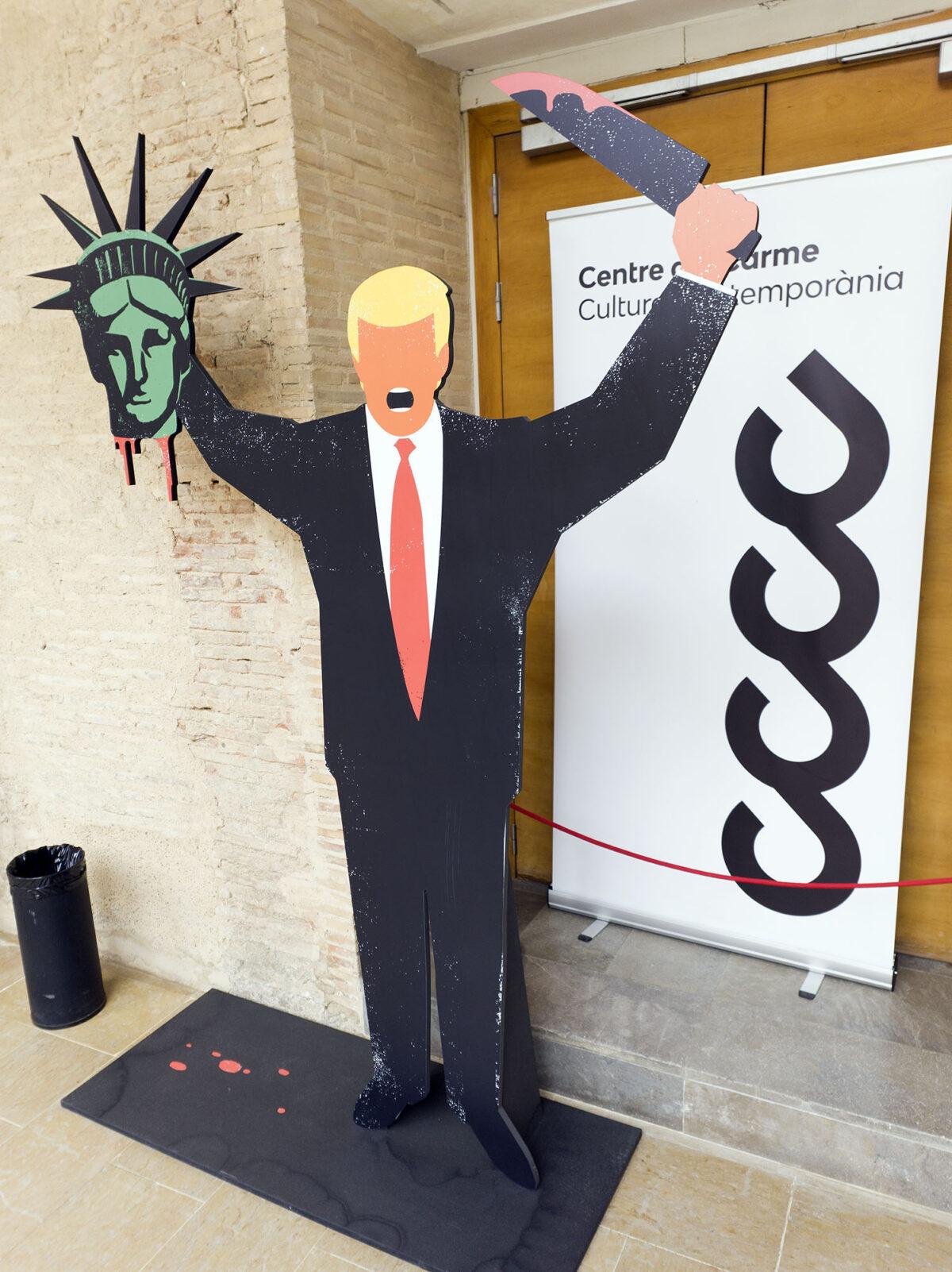 Trumps Kills Statue of Liberty