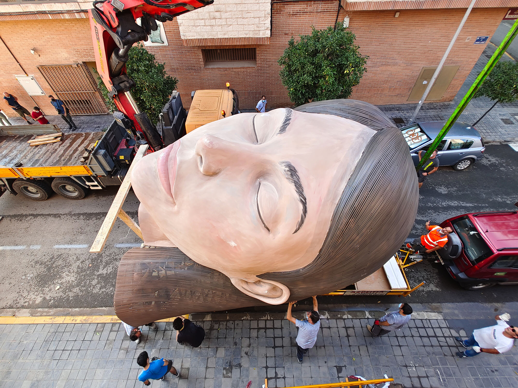 Valencia Giant Woman Head Why